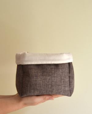 cesta reversible pañales bebé marrón
