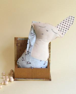 muñeco hecho a mano conejo paper planer